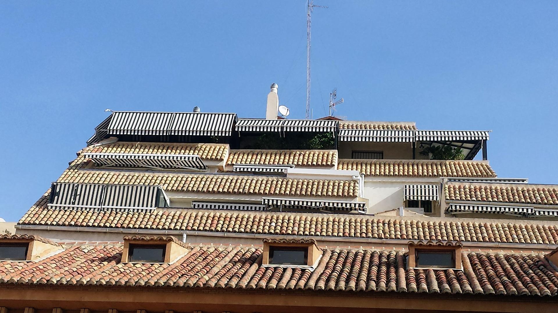 Roofing Gutter Roof Shingles